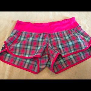 Lululemon Speed Short Senorita Plaid Lined Shorts